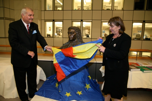Dezvelirea bustului Dimitrie Cantemir in Parlamentul European 2010