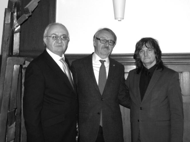 Presedintele FIDC Paul Tudor, Presedintele Academiei de Stiinte din Berlin-Brandenburg Profesor Günter Stock, Vice-presedintele FIDC Profesor Constantin Barbu