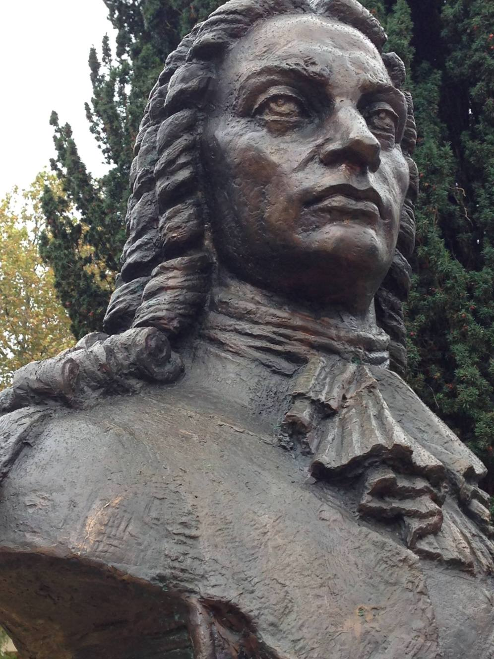 Bustul Dimitrie Cantemir dezvelit in Square Egide Rombaux, din Anderlecht, Bruxelles.