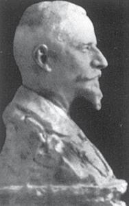 Portretul unui administrator de hotel - Lucrare din gips din anul 1905, perdută/distrusă Bibliografie: Brezianu, Spear, Geist, Hulten/Istrati, Bach.