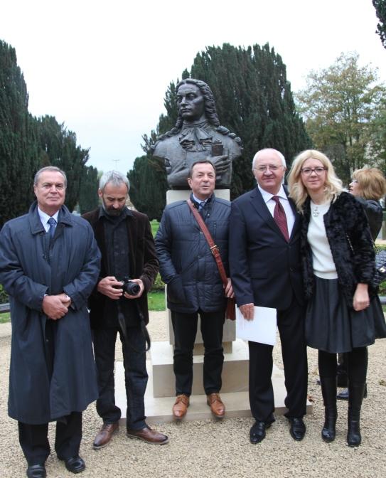 Rotarienii ATHENEUM Club Bucuresti - Clubul care a finantat proiectul